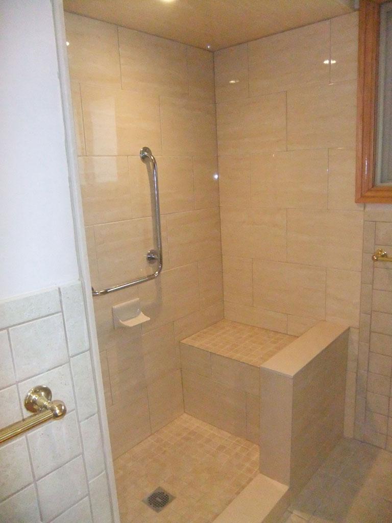 Index of /gallery/photos/Bathrooms/Custom Showers